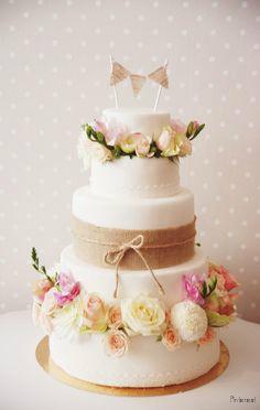wedding-cake-traiteur-mariage
